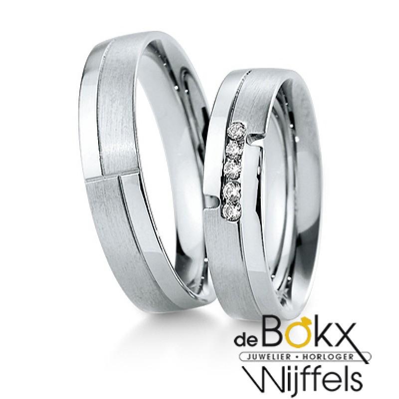 Breuning wit gouden trouwringen met 5 diamanten - 55416