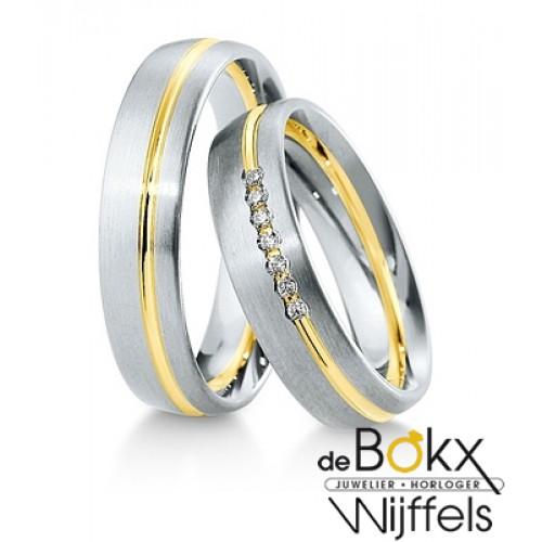 Bicolor geel- en witgouden trouwringen met diamant van Breuning - 55417