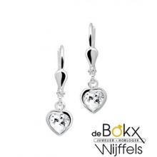 Zilveren oorhangers met een hartje van zirkonia. - 54165