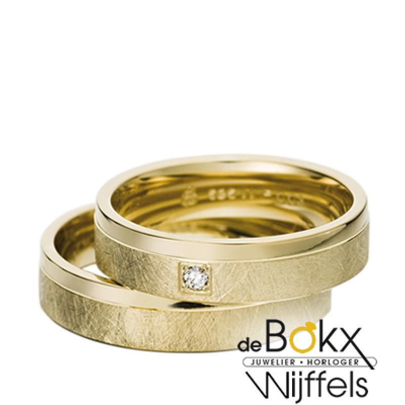 Bewerkte geel gouden trouwringen van Rauschmayer met 1 diamant in 8k goud - 56645