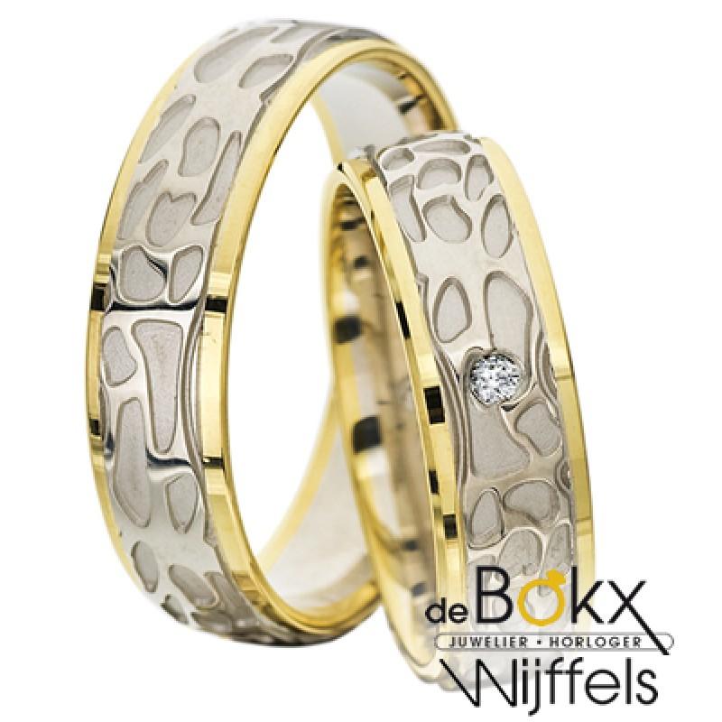 Bewerkte geel en wit gouden Rauschmayer trouwringen - 56635